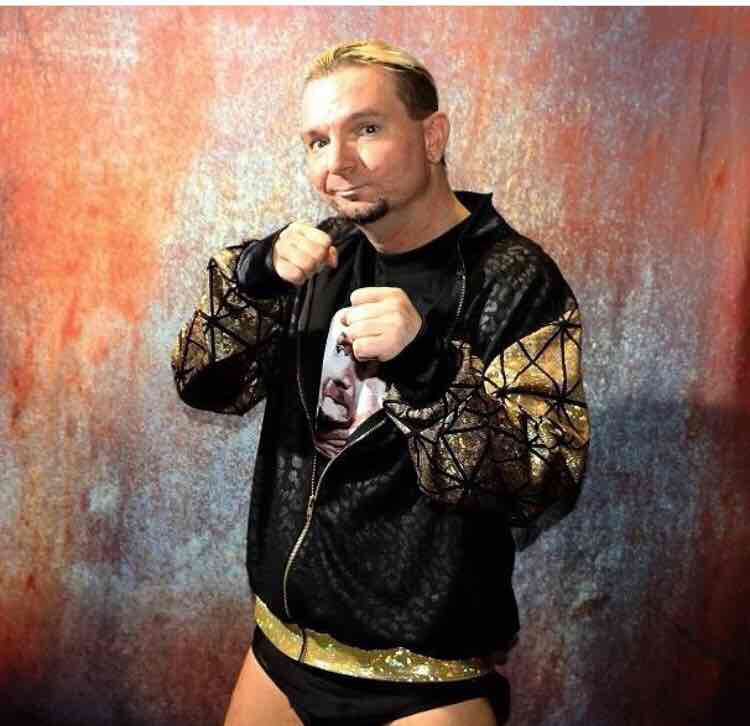 Avatar of James Ellsworth