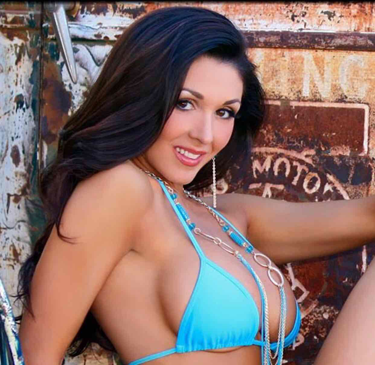 Avatar of Taya Parker