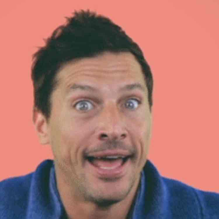 Avatar of Simon Rex
